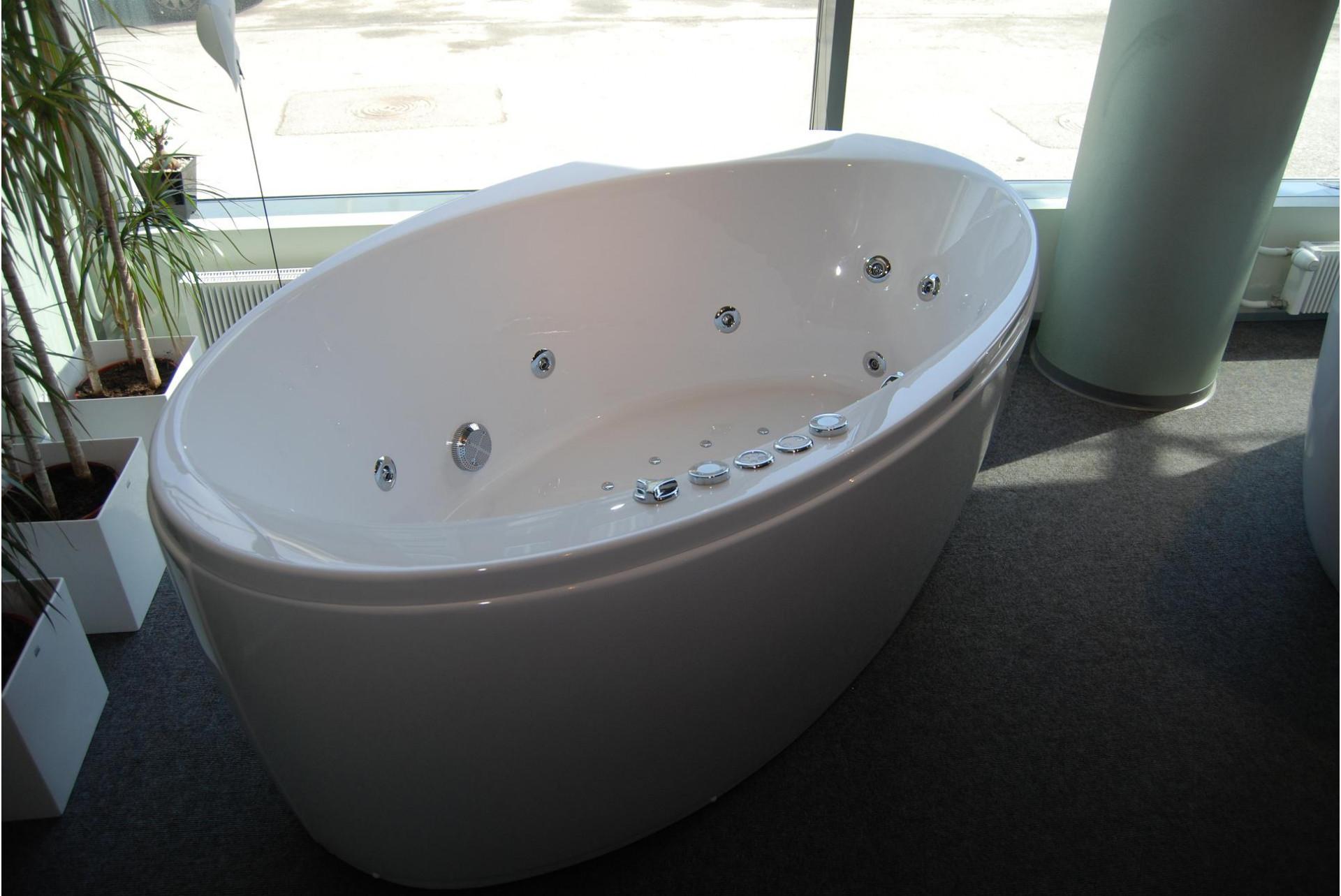 Бытовые ванны
